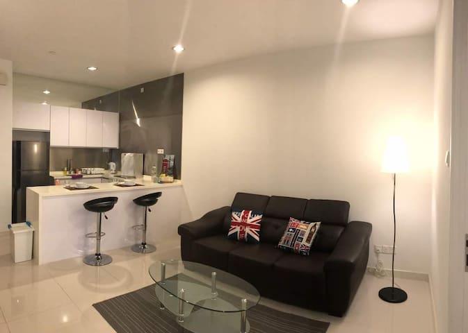 【20% OFF】★Spacious En-suite in Bangsar South★