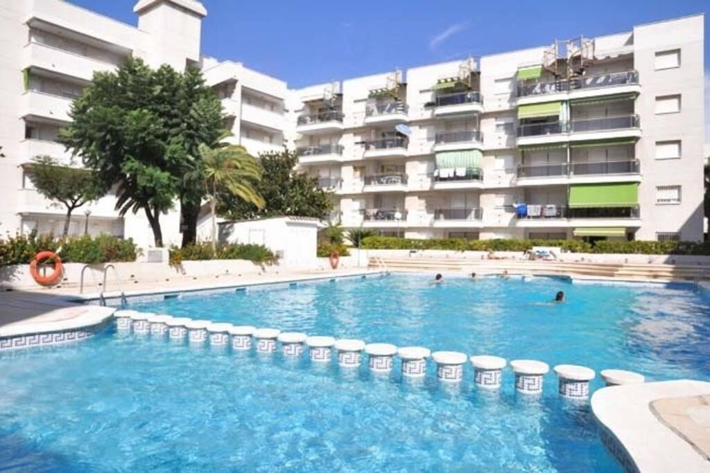 Apartamento con tico en cambrils apartamentos en - Alquiler apartamento en cambrils ...