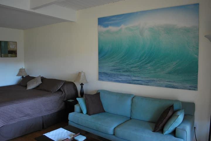 Kihei Studio king bed Condo available long term *1