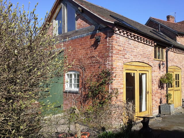 Two bed Coach House - Tenbury Wells