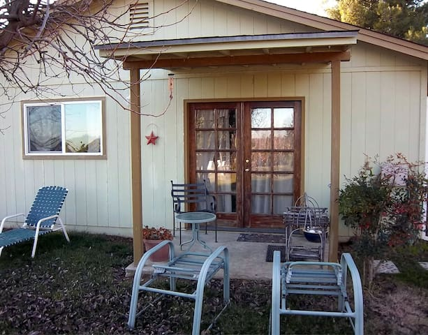 Farm Fresh - Quiet Country Stay - Olivehurst - Gjestehus