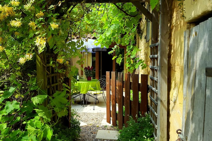 Luxury 4 STAR stone gite & pool, stunning gardens