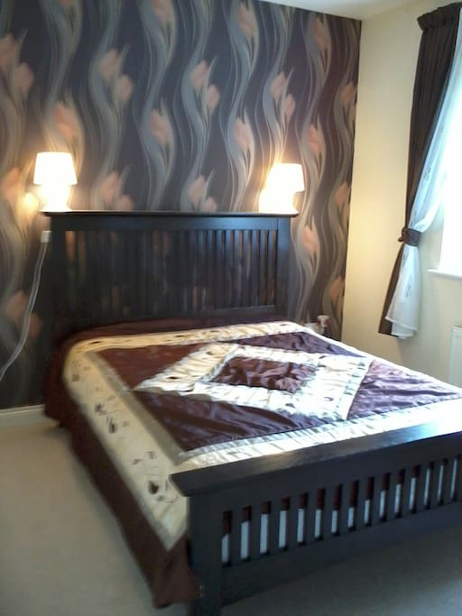 Guest's Double Bed & Room