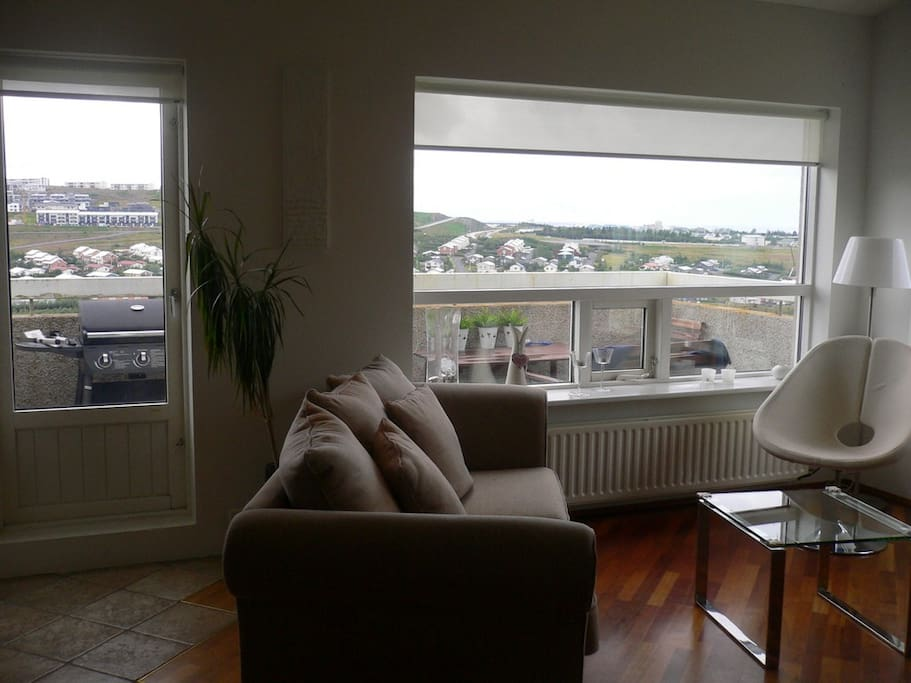 Another picture of our living room and there you can see to the balcany.