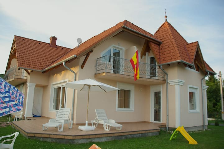 SPANISH HOUSE, STUDIO 1 IN BALATON - Gyenesdiás