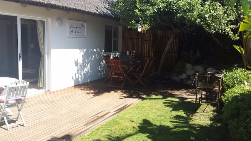 Kingfisher Close Cottage in Cape St Francis Resort - Cape Saint Francis - Huis