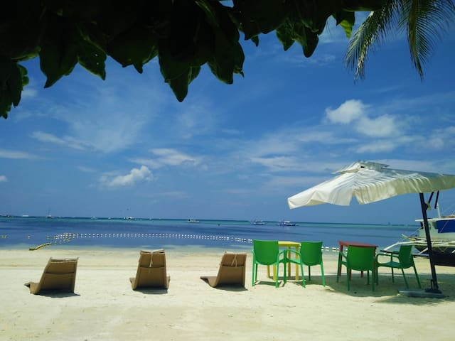Resort's Beach Front
