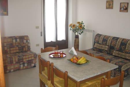 Appartamenti vacanza a Viddalba - Leilighet