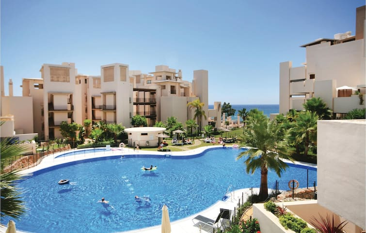 Holiday apartment with 2 bedrooms on 95m² in Estepona