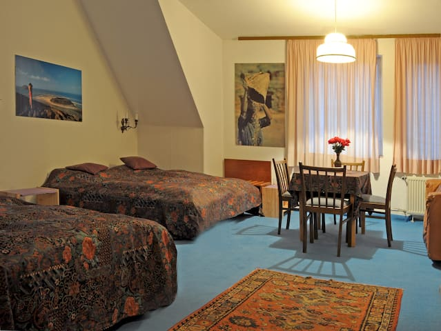 5 Zim.- Wohnung Bad Wohnküche 201/6 - Stolpen - Slot