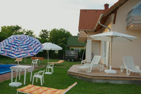 SPANISH HOUSE , STUDIO 2 IN BALATON - Gyenesdiás - Appartement
