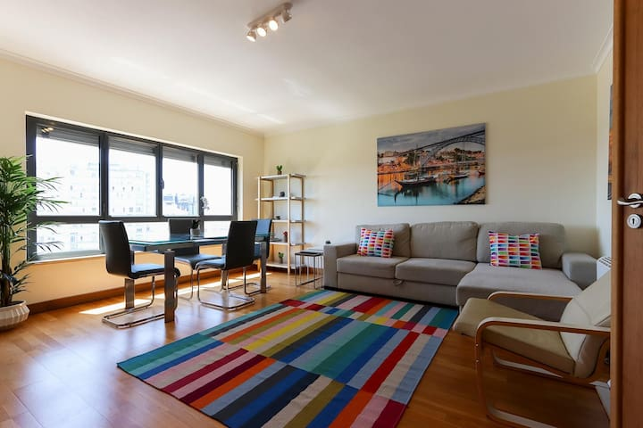 BELLEVUE APARTMENT by HOMING