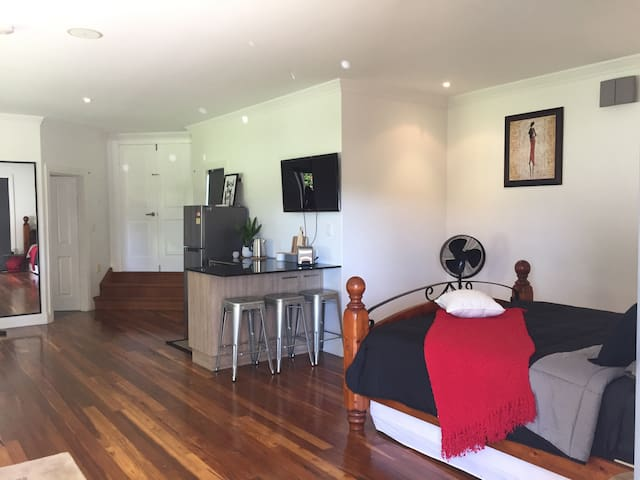 Studio close to Boulders Beach 10mins from airport