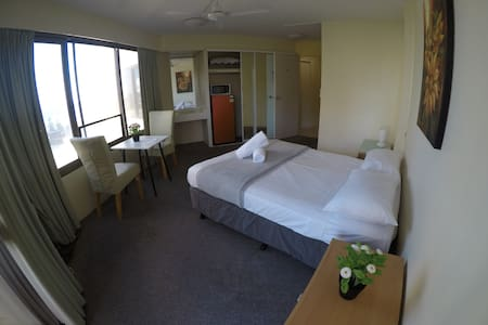 Stay in Paradise - Studio Apart - No Cleaning Fee