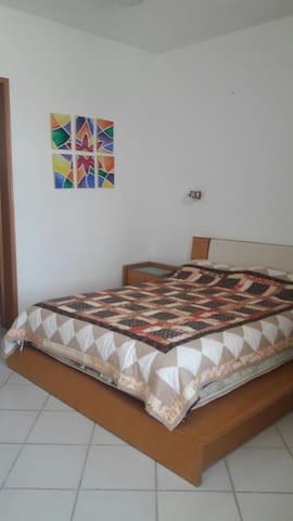 Recámara cómoda, tranquila y segura - León - Bed & Breakfast