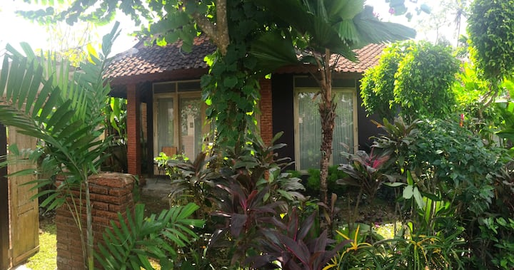 Cengkilung Guest House (No Balcony)