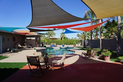 Palm Springs / Palm Desert Poolside Guesthouse