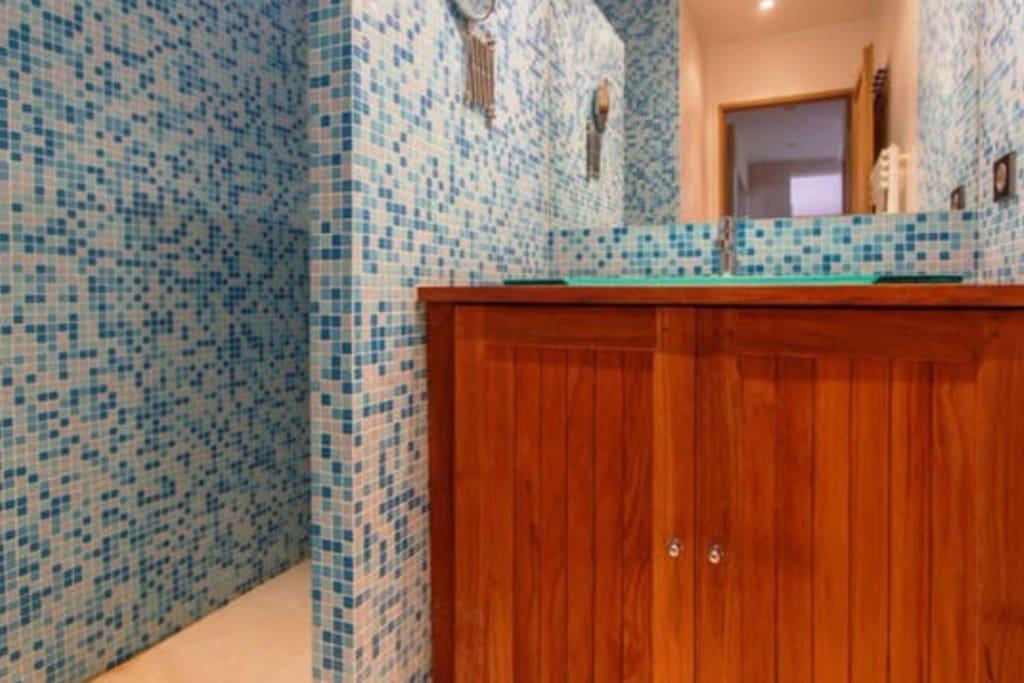 Salle de douche à l'italienne