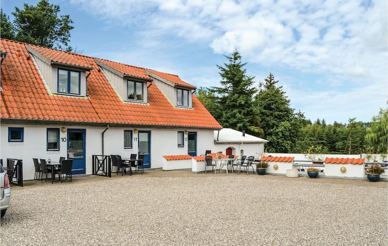Holiday apartment with 1 bedroom on 34m² in Ebeltoft