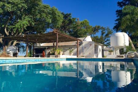 Unico en el campo con piscina Ideal para descanzar - Riachuelo - Lejlighed