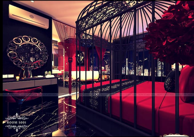 Ngan Le Mot Dem hotel with Jacuzzi bathtub for 2