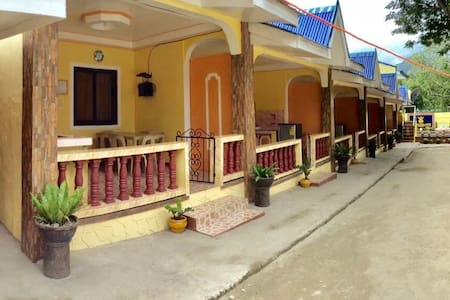 Room# 6: LAIYA REST HOUSE w/ POOL for 2-3 Persons