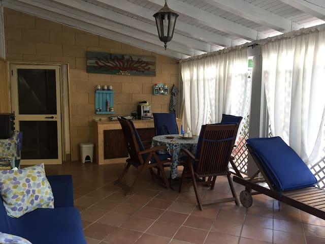 villa Punta Prosciutto a  50 mt dal mare