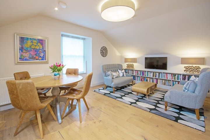The Nest on Church Hill - cosy flat in Morningside
