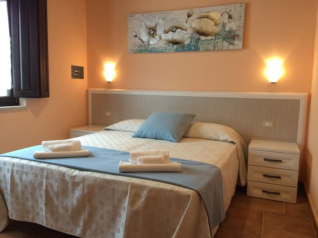 camera n° 30 - Paternopoli - Bed & Breakfast