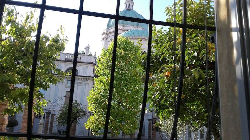 The secret garden, apartment with Dome view
