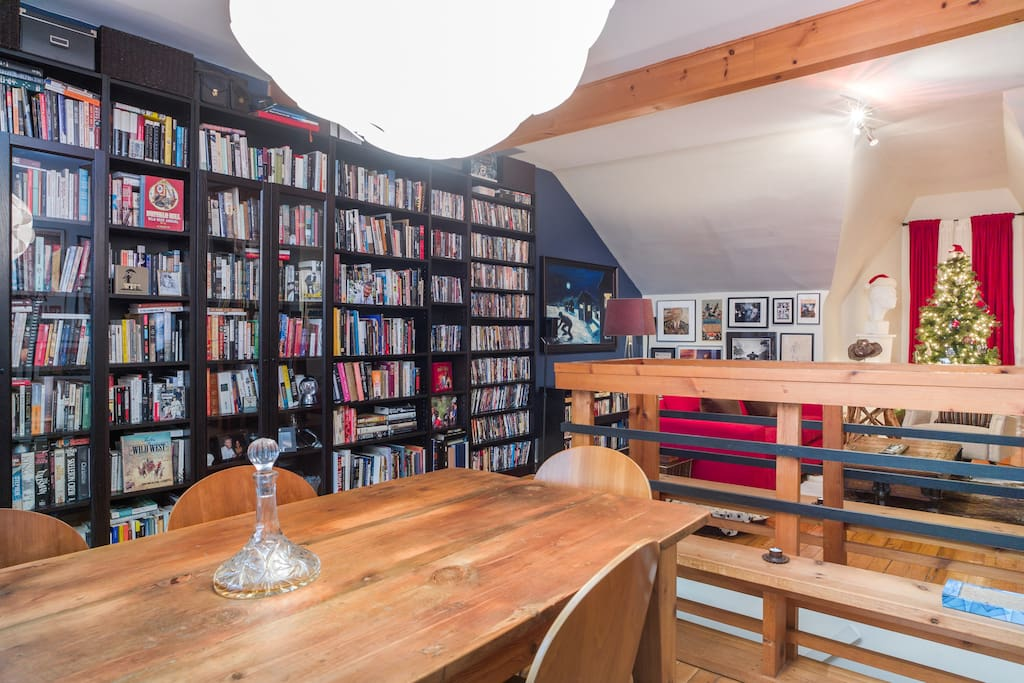 Upstairs loft  with library.