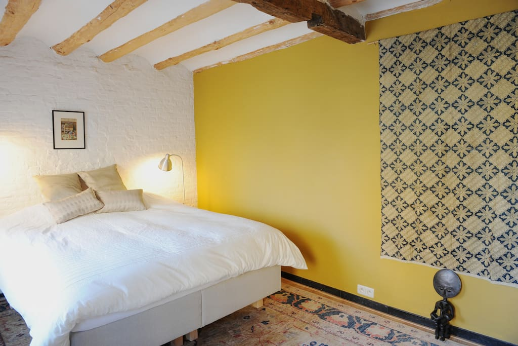 Room in trendy dansaert st g ry chambres d 39 h tes for Chambre d hotes belgique