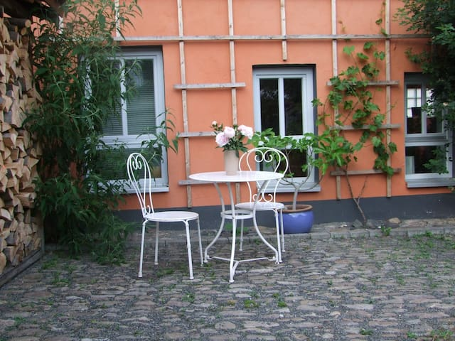 Ruhiges Apartment am Rande Frankfurts