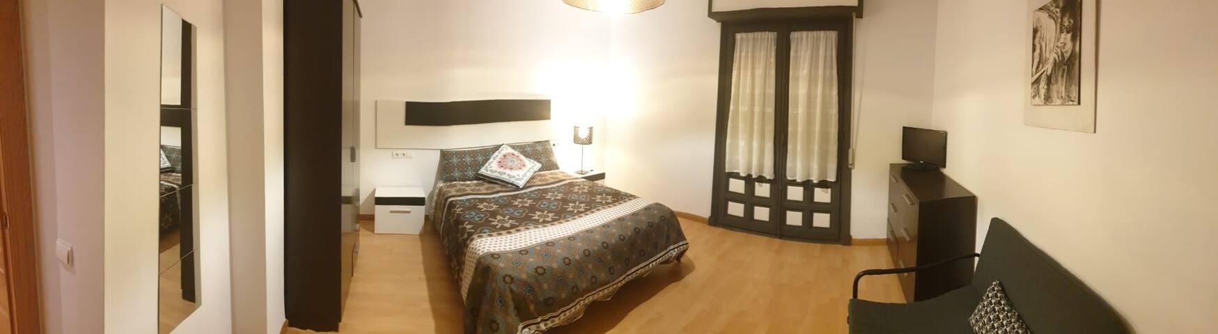 Habitación BOB DYLAN para 1 o 2 personas