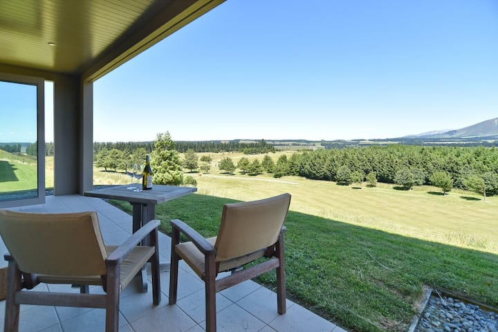 High Country Villa - Apartment in Terrace Downs
