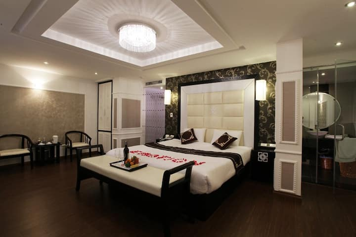 Hanoi Emotion Hotel, Suite Room