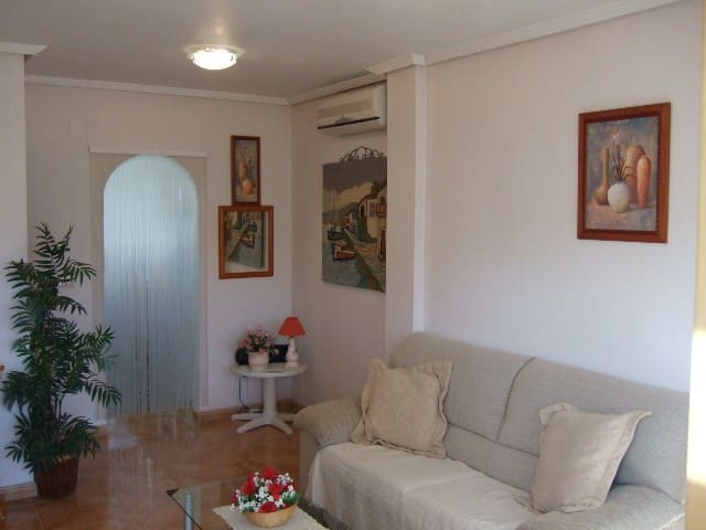 LOVELY UPPER FLOOR BUNGALOW - Torrevieja - Apartamento
