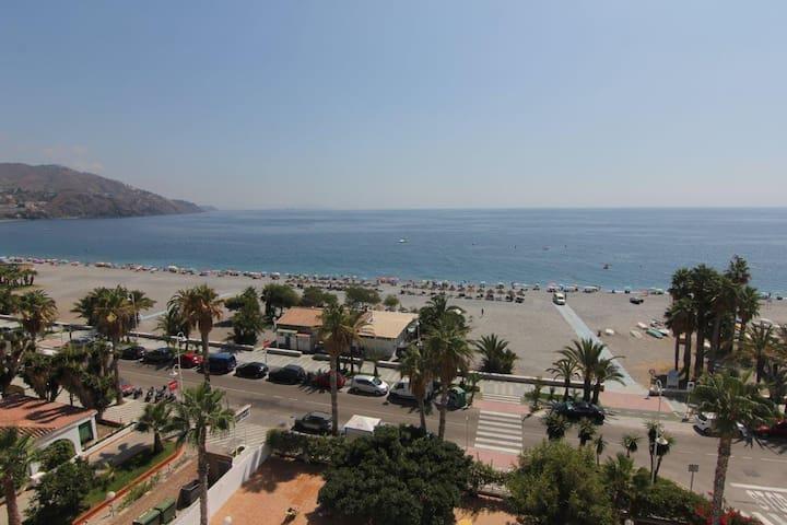 1ª línea de playa Velilla - Almuñécar - Apartment