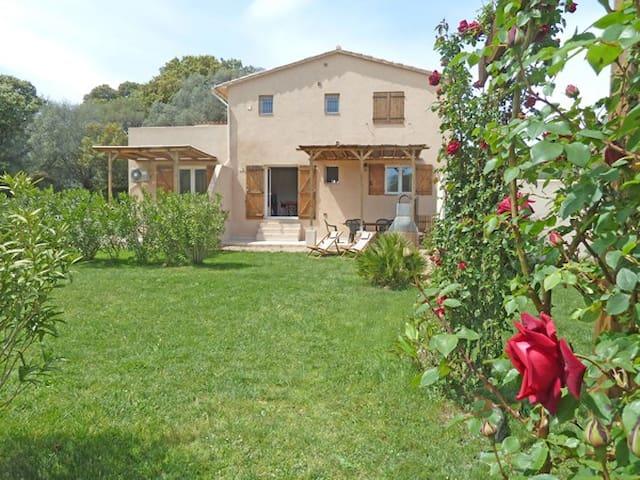 F3 avec 2 SdB, calme, jardin, Wifi. - Porto-Vecchio - Apartamento