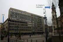 Our building is 30 metres from St. Stephen's Square
