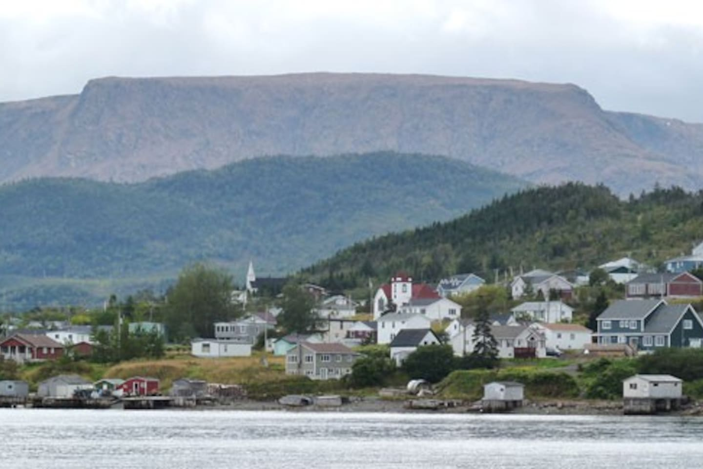 Woody Point with Tablelands Mountain
