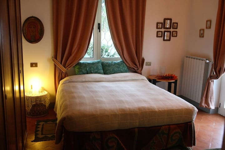 Bed & Breakfast  GRANUM SALIS - Sale Marasino - Bed & Breakfast