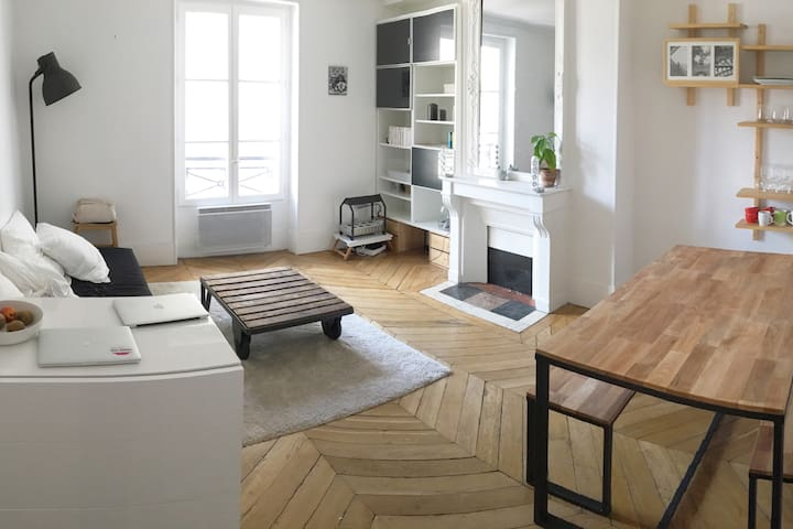 Beautiful typically Parisian apartment ! - Paris - Apartamento