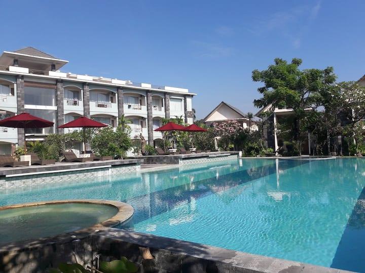 Charming Apartment Ocean Front/Beach Hotel Sanur
