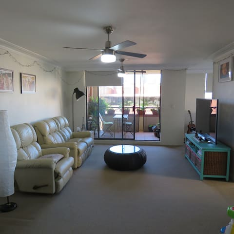 Lovely Darling Harbour Apartment