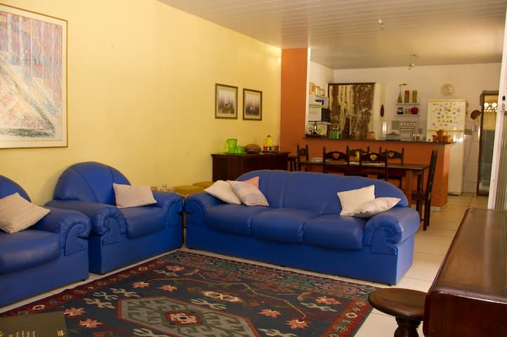 Nice room close to UFMG - Belo Horizonte - Haus