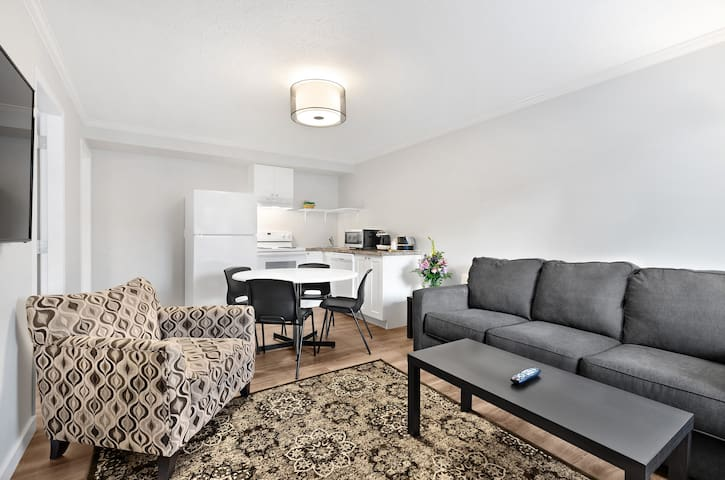 Rossland Red Mt. Executive Resident Suite