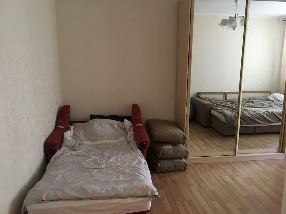 Та же комната/Room