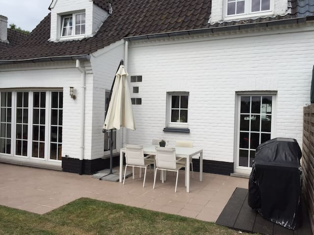 Charming holiday home in De Haan