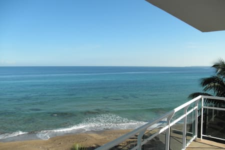 Beachfront Luxury at Sandy Beach - Puntas - Apartament